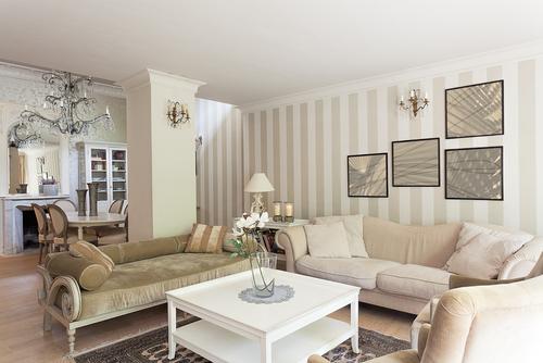 Vintage kompromis mezi retrem a modernou elegantn bydlen for Sala de estar de mansiones